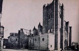 Postal de la catedral de Ávila Lacoste 1910