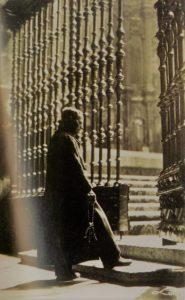 Postal de Avila Sacristan por Antonio Pasaporte 1925